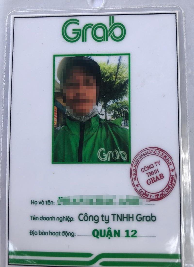 Tài xế Grab scan nhiều giấy chứng nhận giả để 'thông chốt' - ảnh 2