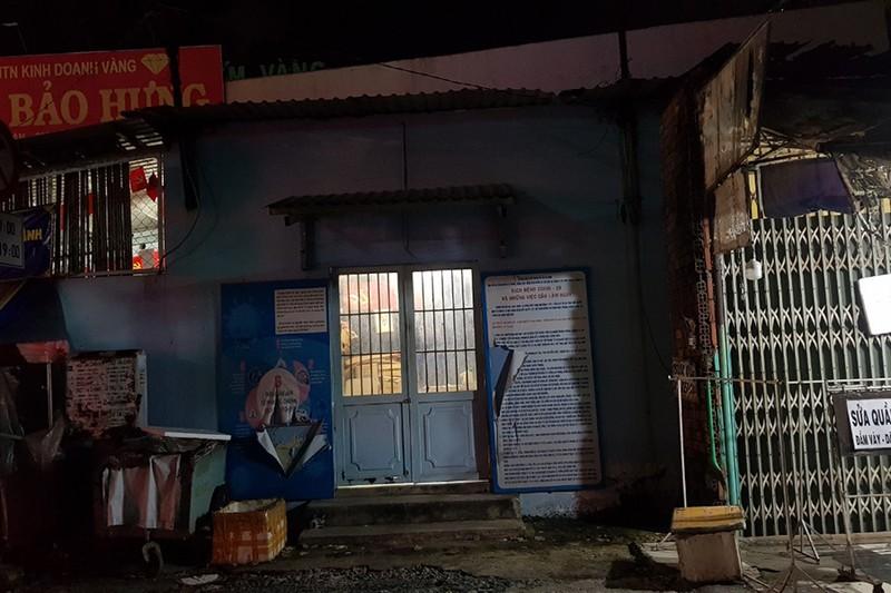 1 Phó Trưởng khu phố ở Bình Tân bị bắt vì ăn chặn tiền hỗ trợ - ảnh 1