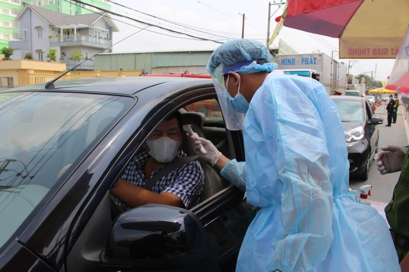 Quy trình xử lý khi chốt kiểm soát y tế phát hiện người sốt - ảnh 2