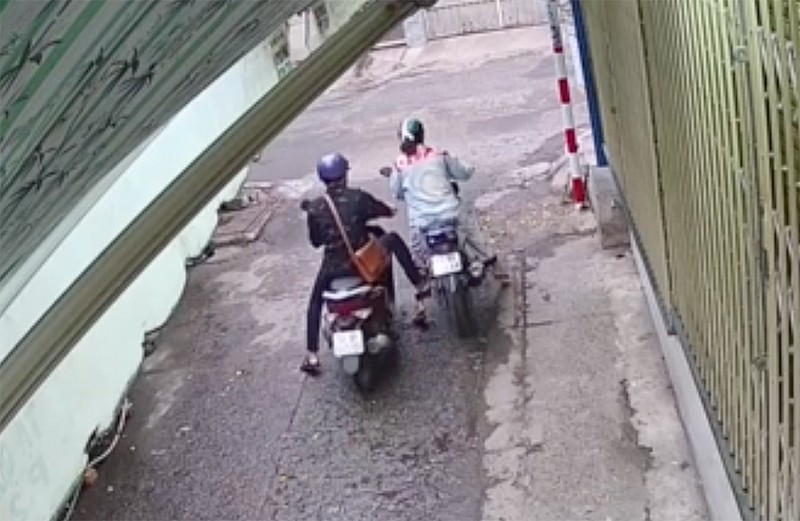 Truy xét đôi nam nữ vào phòng trọ trộm xe máy lúc sáng sớm - ảnh 1