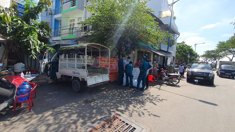 TP.HCM: Phong toả 2 con hẻm đường Lò Gốm, quận 6 - ảnh 4
