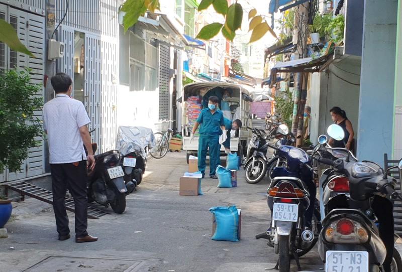 TP.HCM: Phong toả 2 con hẻm đường Lò Gốm, quận 6 - ảnh 6
