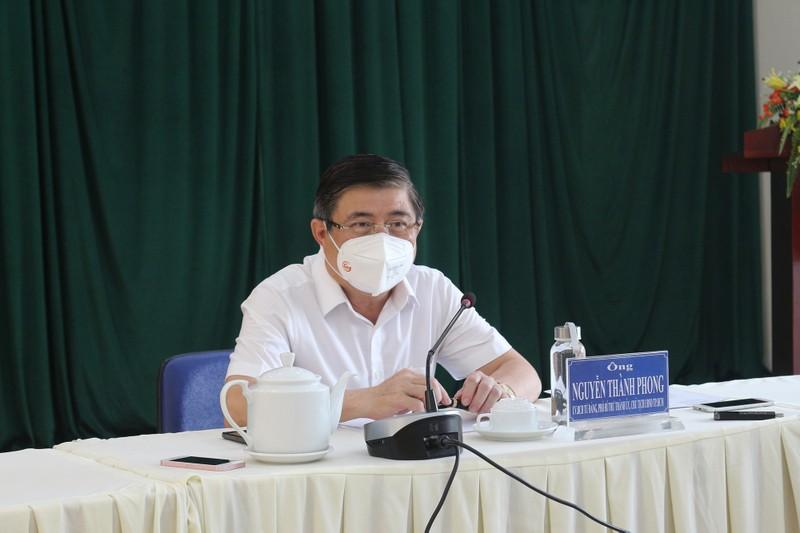 Chủ tịch Nguyễn Thành Phong: 'Tuyệt đối không để F0 tử vong tại nhà' - ảnh 1