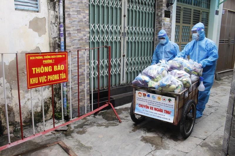 Phú Nhuận: Mỗi cán bộ phường phụ trách ít nhất 5 F0 cách ly tại nhà  - ảnh 2
