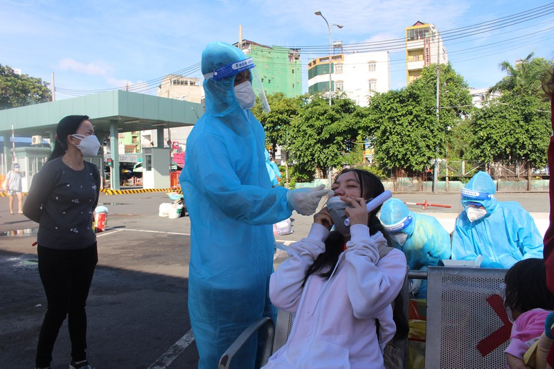 Ninh Thuận đón 237 phụ nữ mang thai, có con nhỏ ở TP.HCM về quê - ảnh 1