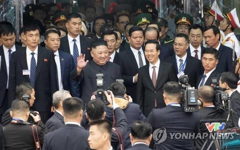 Ông Donal Trump dùng bữa trưa với Thủ tướng Nguyễn Xuân Phúc - ảnh 1
