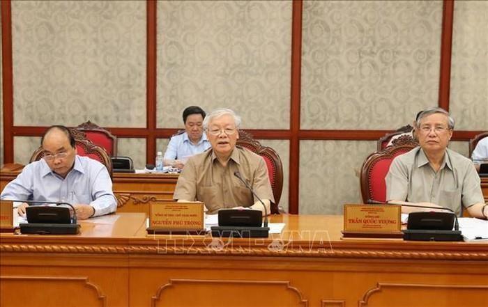Tổng Bí thư Nguyễn Phú Trọng chủ trì họp Bộ Chính trị - ảnh 1