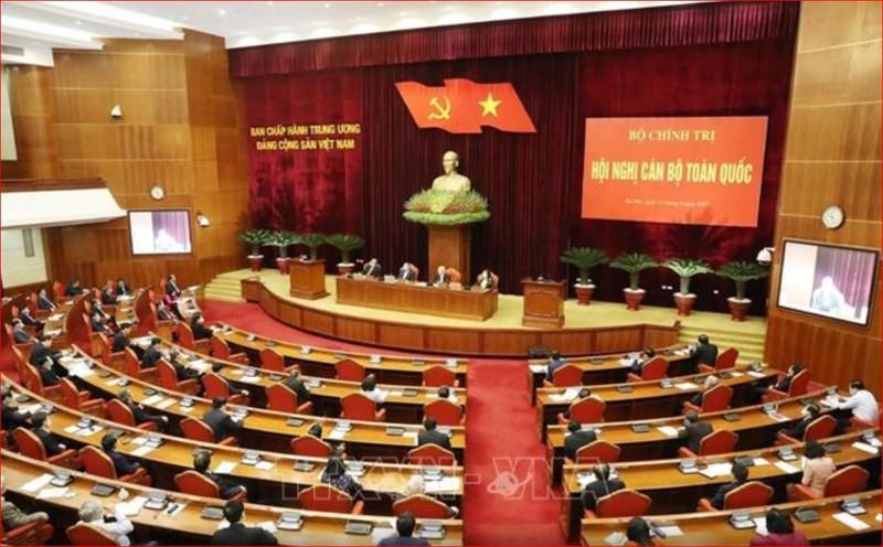 Bộ Chính trị triệu tập Hội nghị cán bộ toàn quốc - ảnh 1
