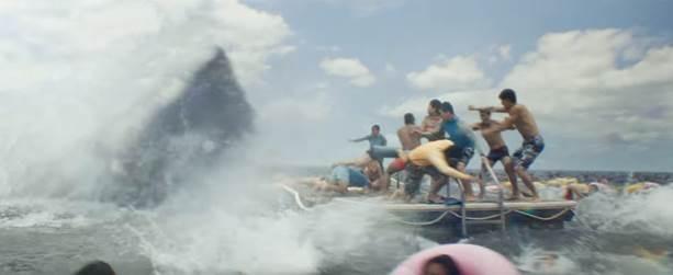 Jason Statham trở lại trong The Meg, đối mặt quái thú khổng lồ - ảnh 3