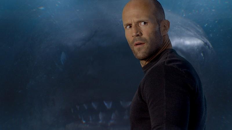 Bom tấn 'Cá mập siêu bạo chúa' dẫn đầu doanh thu phòng vé - ảnh 2