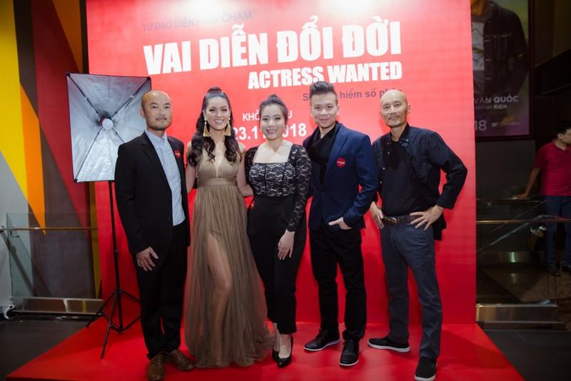 'Vai diễn đổi đời' phim Việt được quay ở Mỹ chính thức ra mắt  - ảnh 2