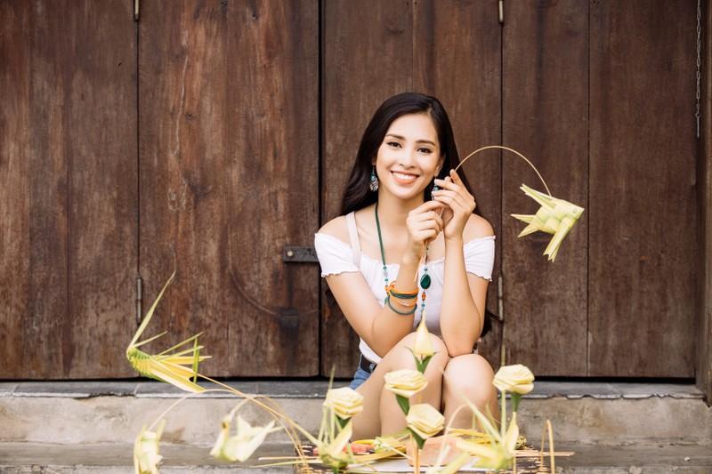 Clip Hoa hậu Tiểu Vy giới thiệu đầy lôi cuốn tại Miss World - ảnh 1