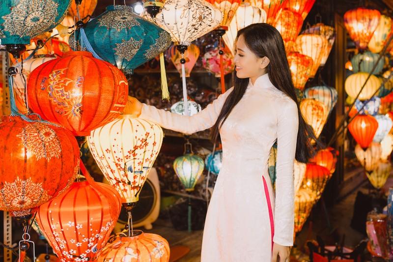 Clip Hoa hậu Tiểu Vy giới thiệu đầy lôi cuốn tại Miss World - ảnh 5
