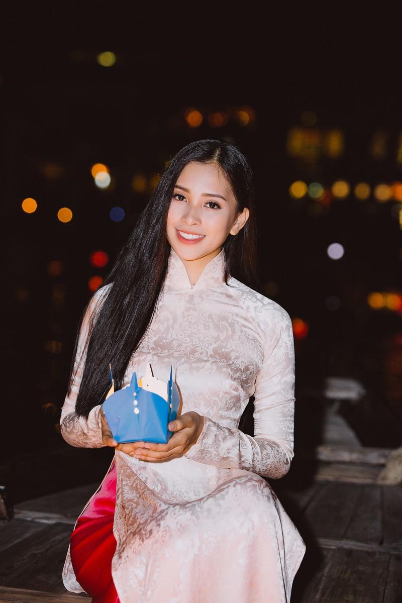 Clip Hoa hậu Tiểu Vy giới thiệu đầy lôi cuốn tại Miss World - ảnh 3
