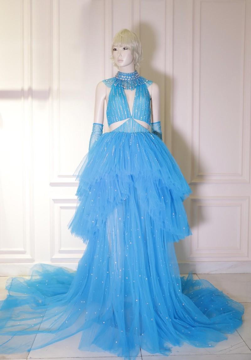 NTK Công Trí hoàn thành bộ váy cho Katy Perry chỉ trong 24 giờ - ảnh 1