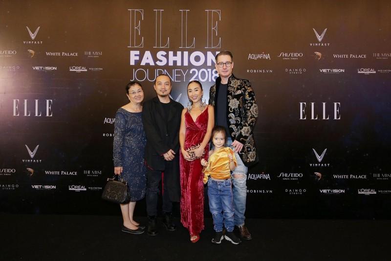 Gia đình Đoan Trang gây ấn tượng tại các thảm đỏ thời trang - ảnh 3