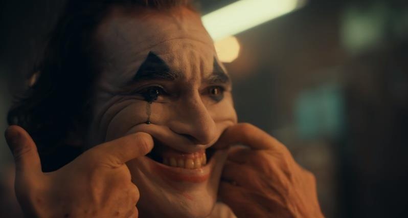 Joker tái xuất đầy kinh dị trong điện ảnh bom tấn 2019 tăm tối - ảnh 1