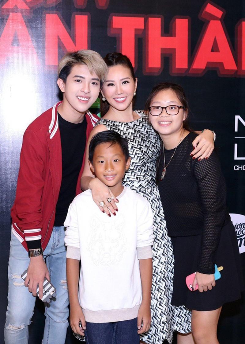 Hoa hậu Thu Hoài chia sẻ về những trăn trở khi con đồng tính - ảnh 3