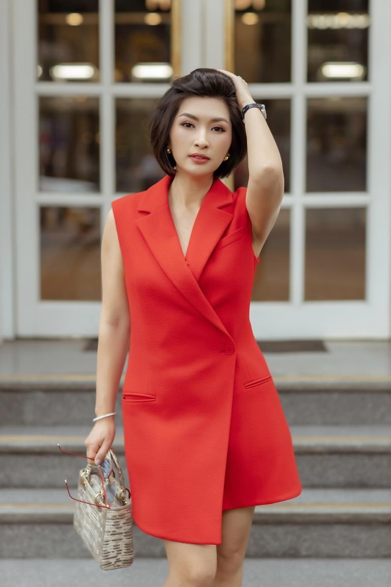 Nguyễn Hồng Nhung đã bước qua scandal ảnh nóng - ảnh 4