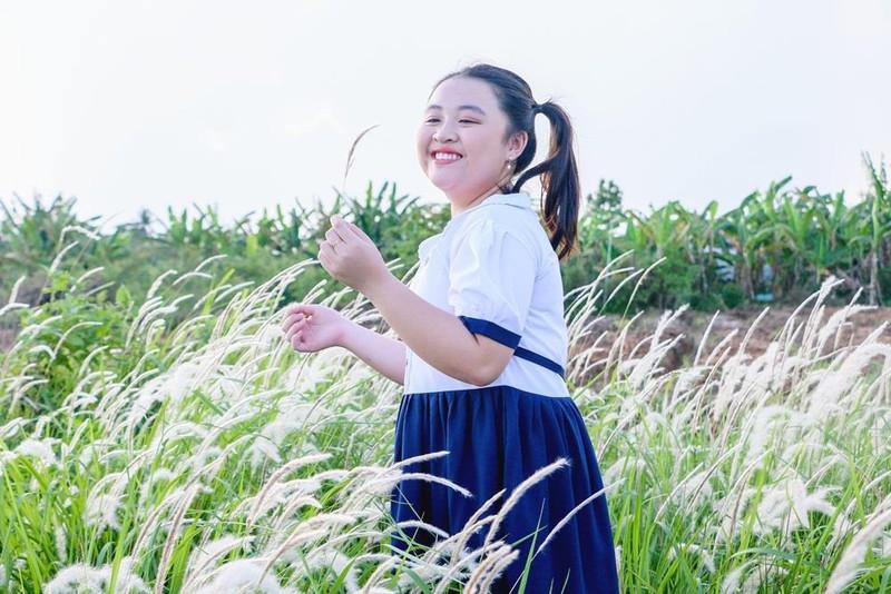 Khánh Hà 13 tuổi lấy nước mắt người xem với ca khúc về cha - ảnh 1