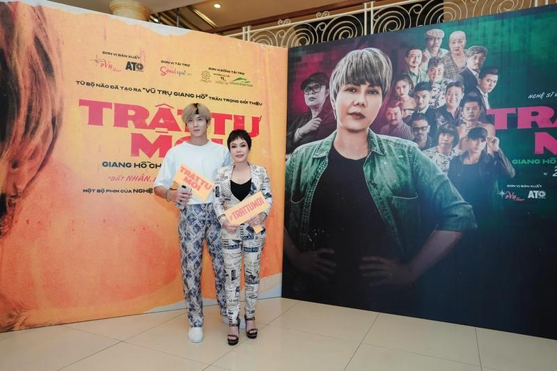 Việt Hương bầm dập suốt 15 ngày làm web drama 'Trật tự mới' - ảnh 4