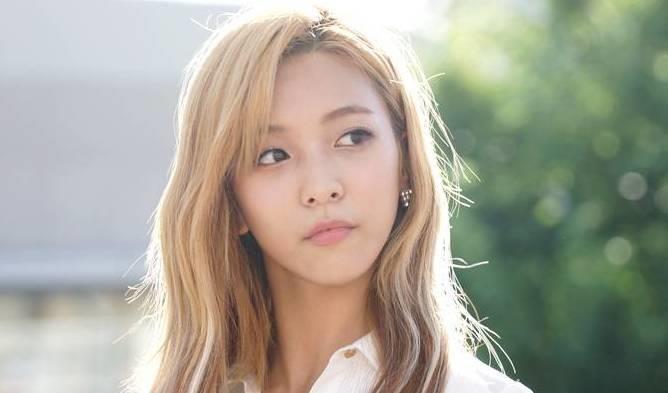 Nhiều idol Hàn Quốc chuyển hướng sang con đường YouTuber - ảnh 3