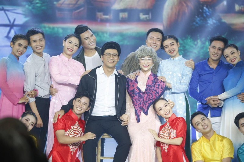 Kha Ly và Phạm Phương trở thành quán quân Tình Bolero 2019 - ảnh 1