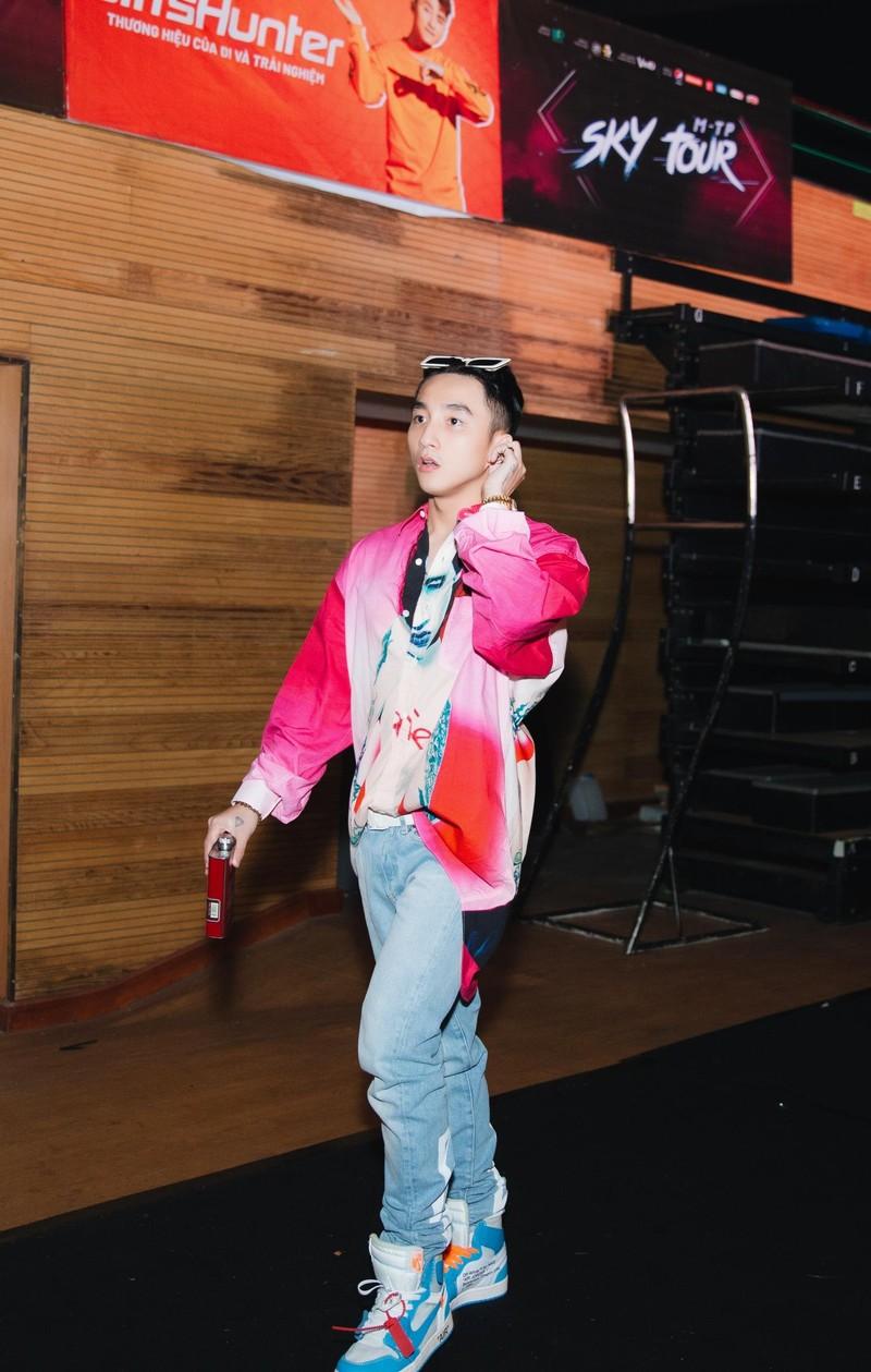 Fan chờ 'cháy' cùng Sơn Tùng M-TP với Sky tour 2019 - ảnh 1