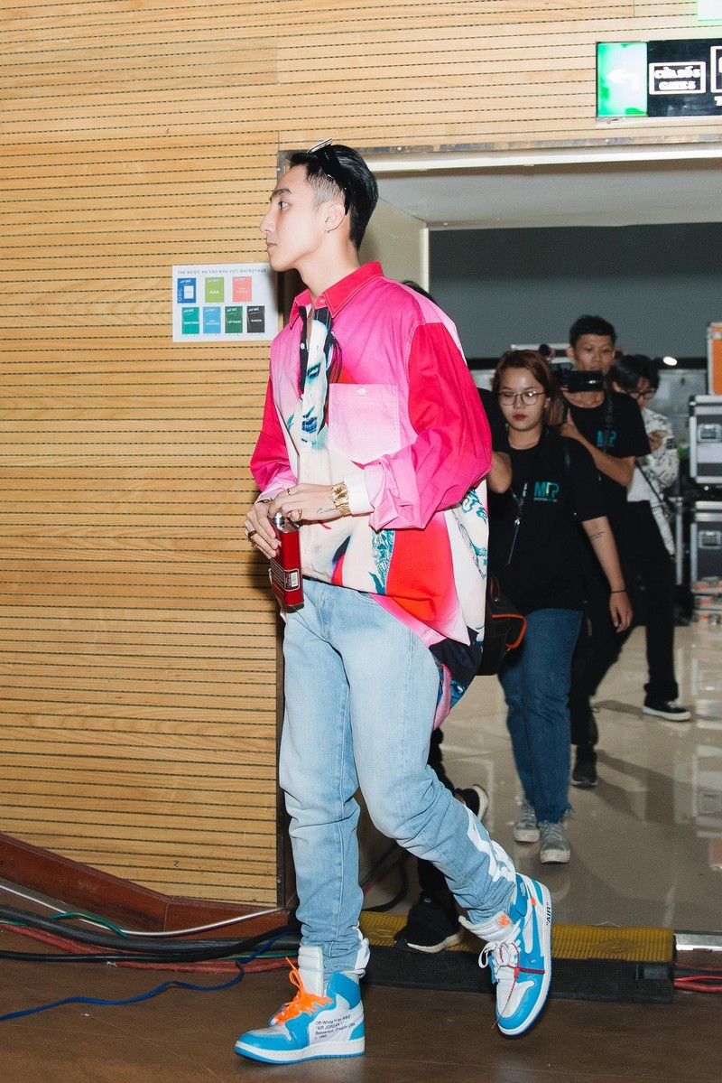 Fan chờ 'cháy' cùng Sơn Tùng M-TP với Sky tour 2019 - ảnh 4