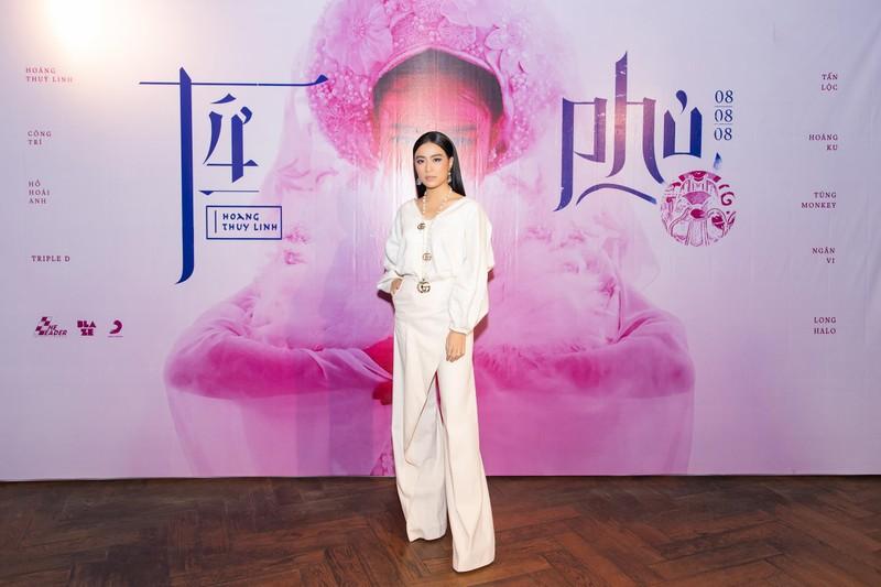 Hoàng Thùy Linh tiếp tục đưa văn hóa Việt vào MV Tứ Phủ - ảnh 6