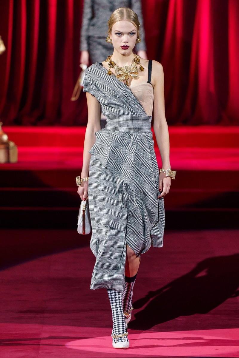 Bộ sưu tập Dolce & Gabbana tạo nên sự khác biệt từ khí chất - ảnh 8