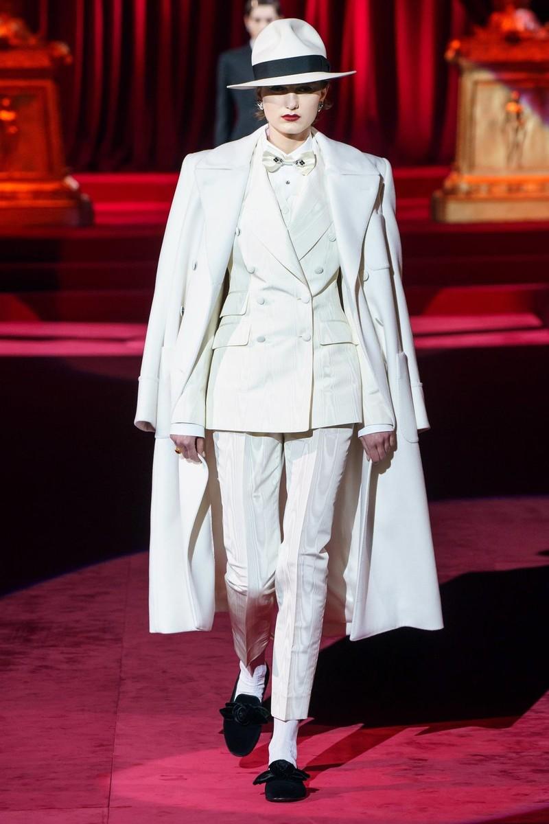 Bộ sưu tập Dolce & Gabbana tạo nên sự khác biệt từ khí chất - ảnh 2