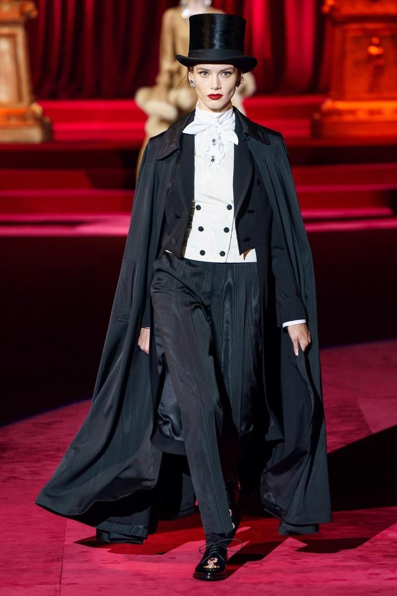 Bộ sưu tập Dolce & Gabbana tạo nên sự khác biệt từ khí chất - ảnh 9