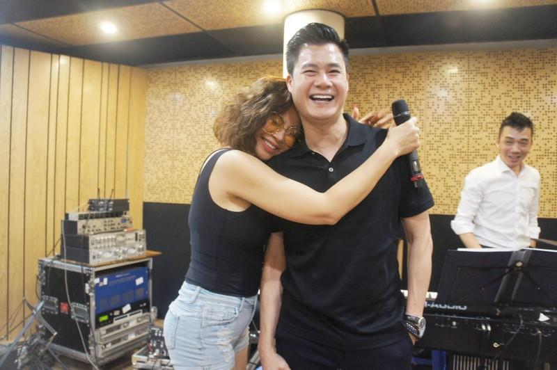 Ngày tái ngộ giữa ca sĩ Ngọc Anh và Quang Dũng đầy tiếng cười - ảnh 3