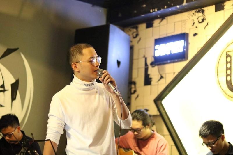 Xuất hiện 'bản sao' Yoo Ah In song ca cùng Kay Trần - ảnh 2
