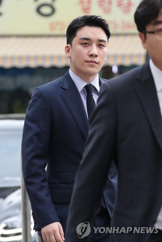 Seungri đến đồn cảnh sát để thẩm vấn về đánh bạc ở nước ngoài - ảnh 4