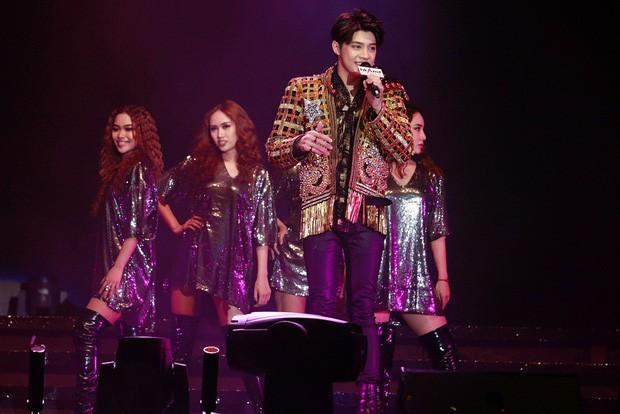 Noo Phước Thịnh ra mắt sản phẩm mới trên sân khấu quốc tế  - ảnh 3