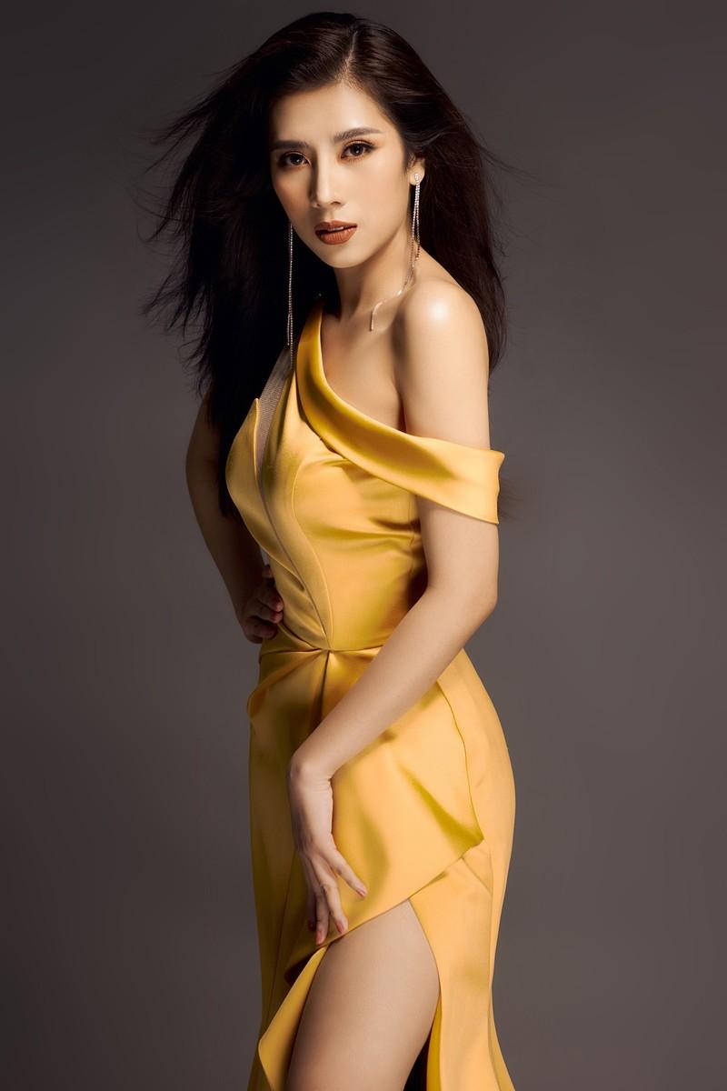 Hoa hậu Dương Yến Nhung sau khi đăng quang tiếp tục gây sốc - ảnh 5