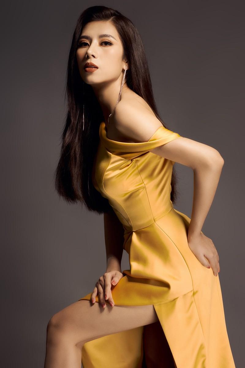 Hoa hậu Dương Yến Nhung sau khi đăng quang tiếp tục gây sốc - ảnh 6