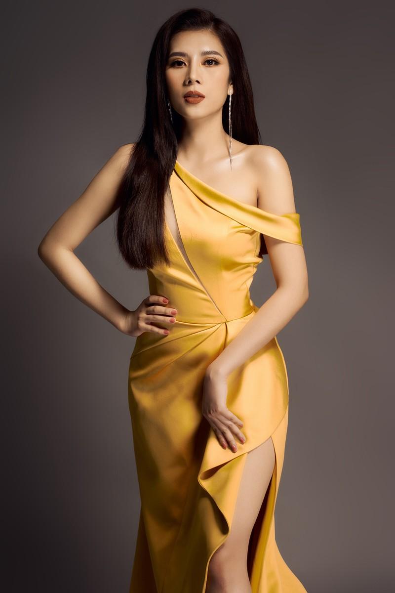 Hoa hậu Dương Yến Nhung sau khi đăng quang tiếp tục gây sốc - ảnh 7