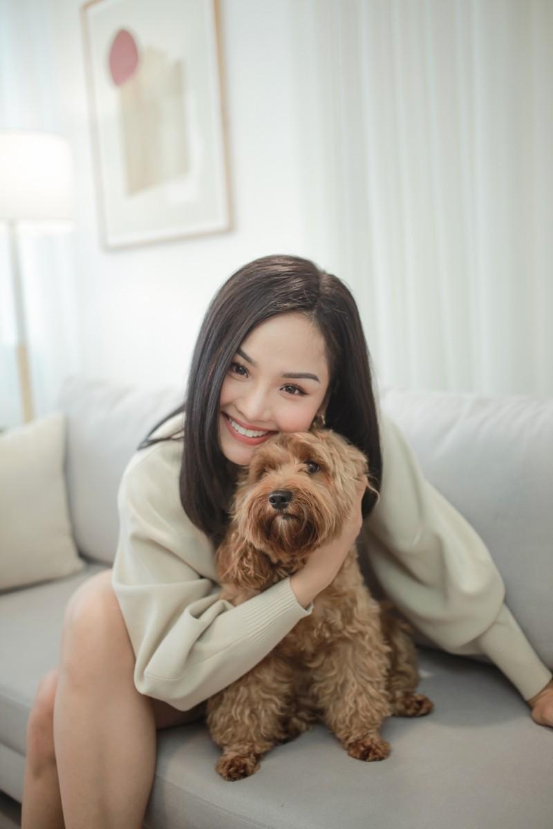 Miu Lê siêu đáng yêu bên cạnh bạn diễn cho hit mới  - ảnh 4