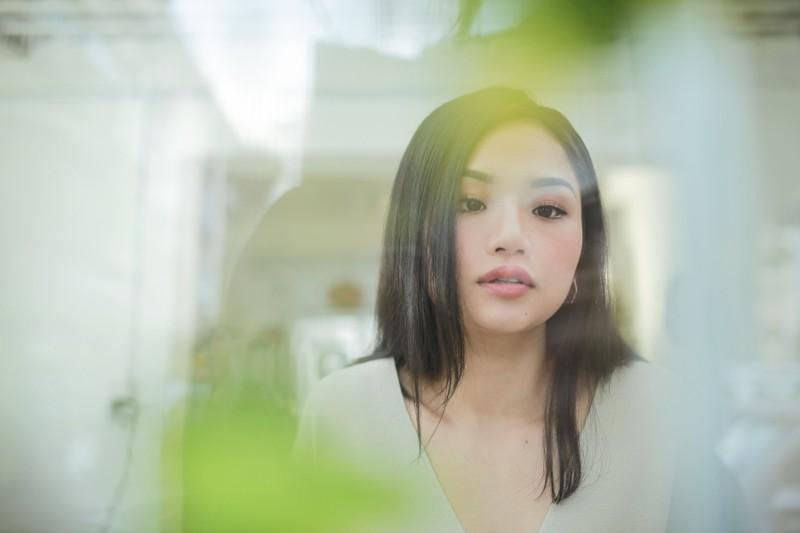 Miu Lê siêu đáng yêu bên cạnh bạn diễn cho hit mới  - ảnh 6