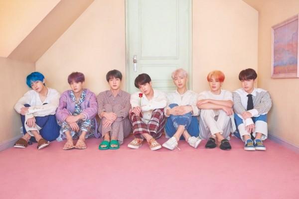Nhóm nhạc Hàn Quốc đầu tiên được trao chứng nhận vàng tại Pháp - ảnh 1