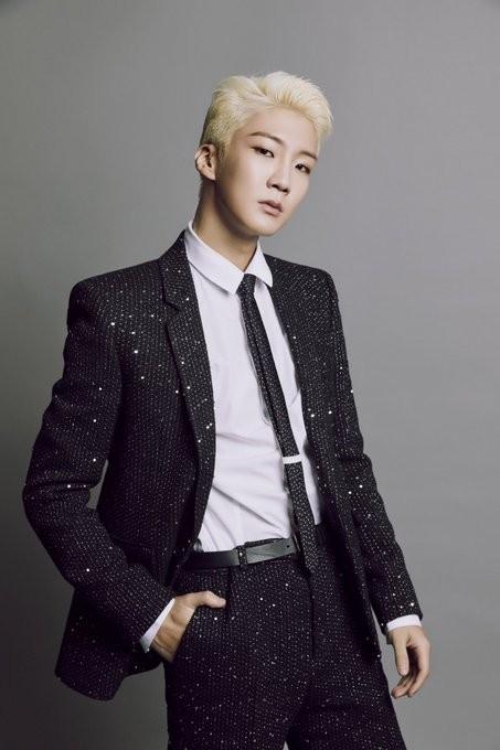 Theo chân Jinwoo, Seunghoon (WINNER) sẽ lên đường nhập ngũ - ảnh 1