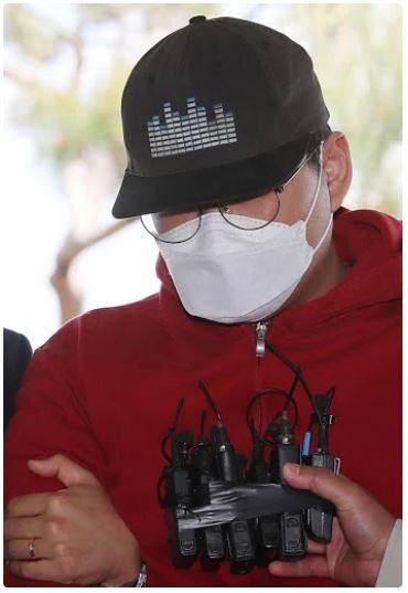 Quản trị viên phòng chat trong vụ án Jung Joon Young bị bắt - ảnh 1