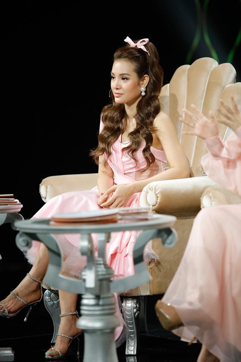 Phương Trinh Jolie tiết lộ từng khai gian tuổi để được thi hát - ảnh 4
