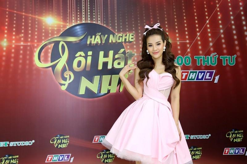Phương Trinh Jolie tiết lộ từng khai gian tuổi để được thi hát - ảnh 2