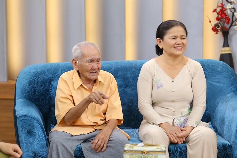 Cụ ông 96 tuổi chia sẻ về chuyện tình cổ tích giữa đời thường  - ảnh 2