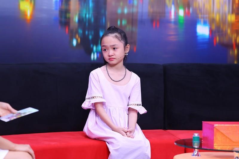 Cô bé 10 tuổi buồn vì mẹ quá nghiêm khắc, hay la mắng  - ảnh 2