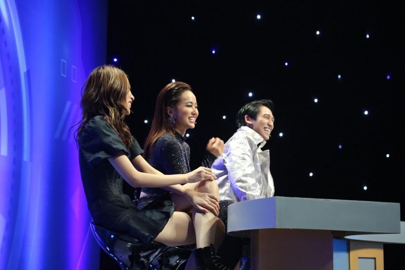 Tronie Ngô liên tục thả thính bạn gái trên sóng truyền hình - ảnh 3